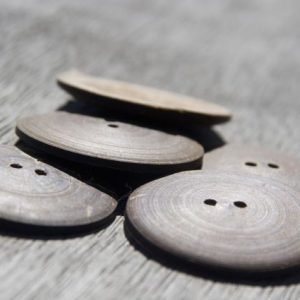 Coconut button – Medium