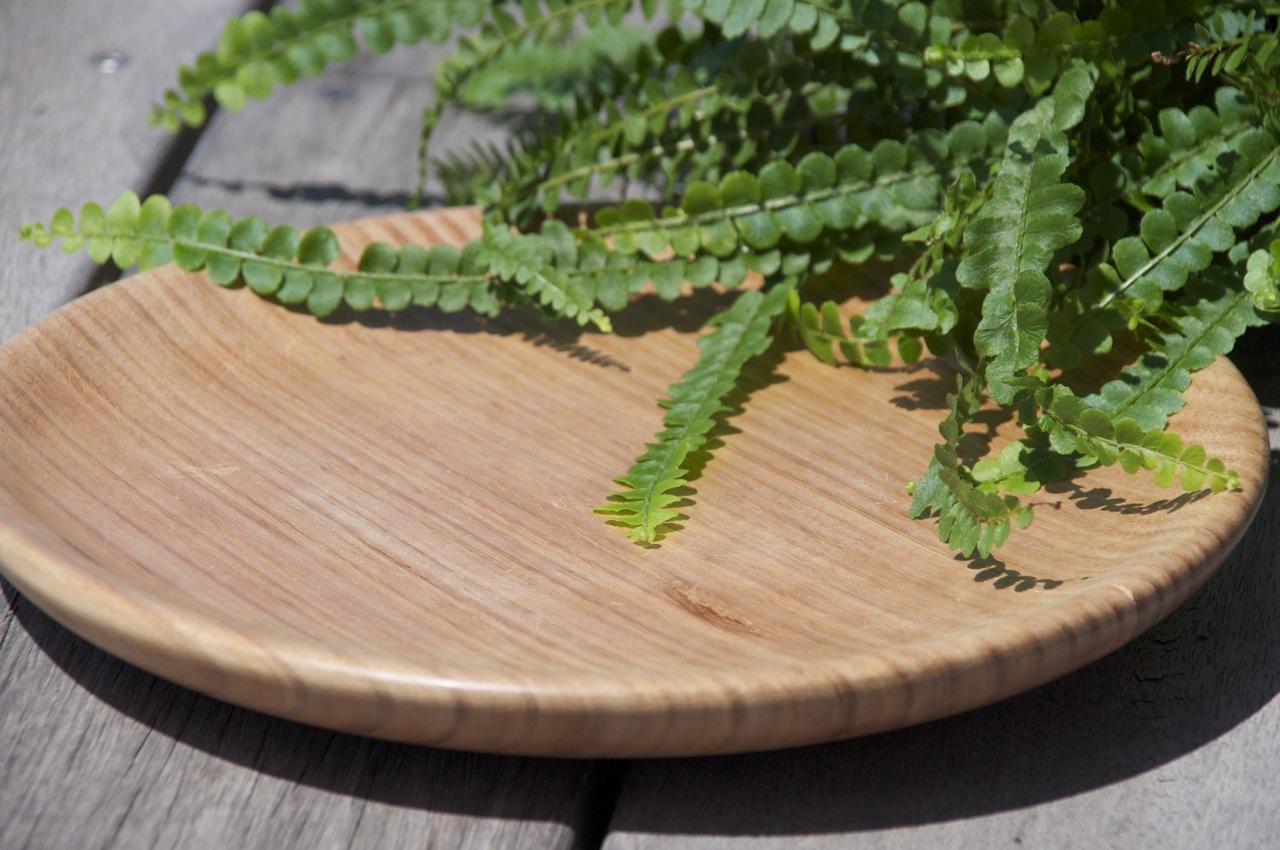 Hand crafted wooden plate – Tasmanian Oak, medium