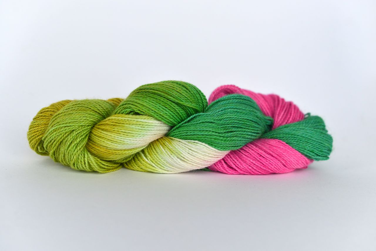 Hand Dyed Bamboo/Alpaca Blend Yarn – Water Lily