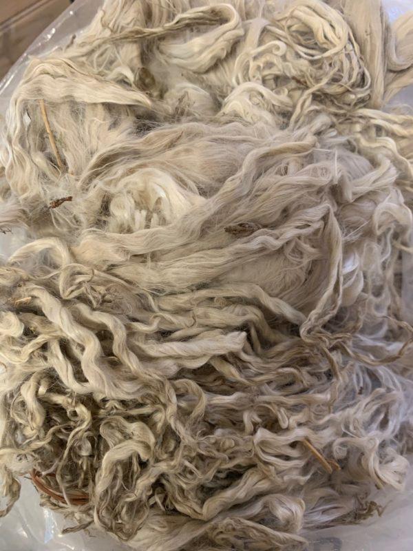 Raw Suri Fleece – White Fine 32 cm